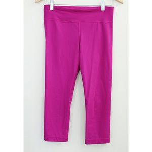 Under Armour Hot Pink Crops